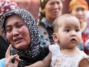 Türkiye den Mezar İstayen Uygurlar !