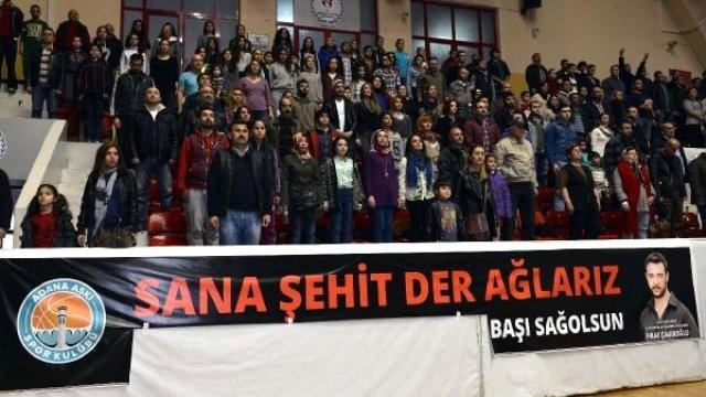 Adana'da Ülkücü Şehit Fırat Çakıroğlu için açılan pankarta polis müdahalesi !