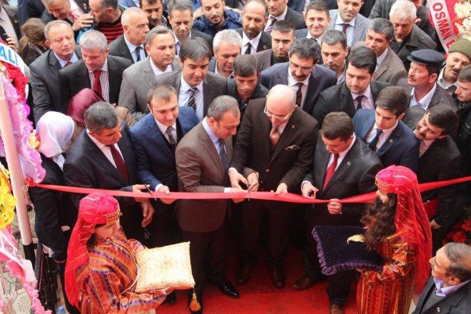MHP Elmadağ'da yeni ilçe binasına taşındı
