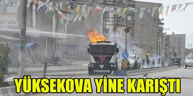 PKK sempatizanları Yüksekova'da olay çıkardı...