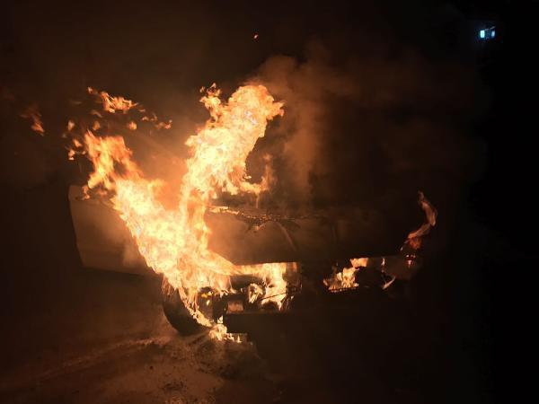 Yerel Gazete Sahibinin Otomobilinin Kundaklanması Kamerada