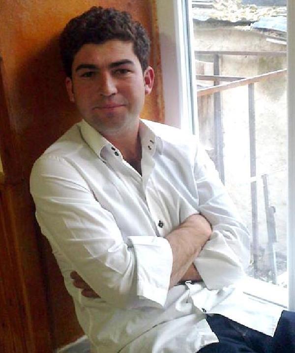 İtfaiye Eri Tabancasıyla Hırsızı Korkutmak İsterken Öldürdü