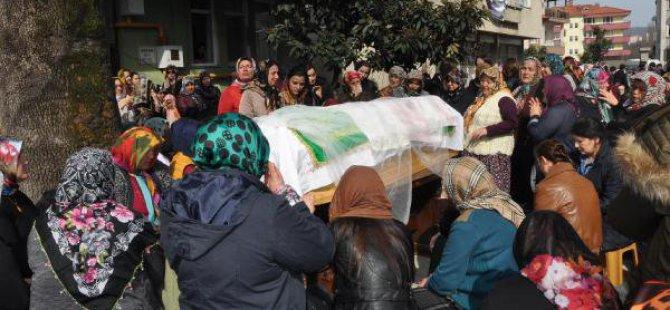 Kazada Ölen Üniversiteli Burcu Toprağa Verildi