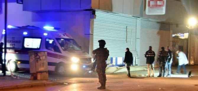 Adana'da Markete Eyp'li Saldırı: 1 Yaralı