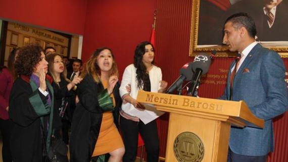 Mersin Baro Başkanı Özür Diledi Ama 21 Kadın Üye İstifa Etti