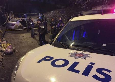 Ankara'da kalaşnikofla otomobil taradılar! 2 ölü var...