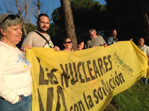 Kiraz Ağacı Dikerek Nükleer Karşıtı Eylem Yaptılar