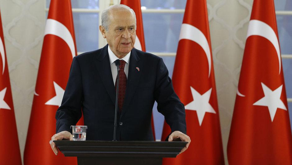 Devlet Bahçeli, İstiklal Marşı'nın kabulünü kutladı