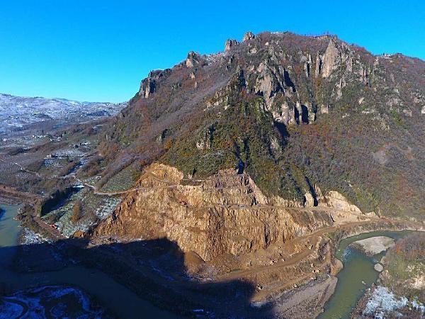 2.100 Yıllık Kibele Heykelinin Bulunduğu Kalede Taşocağı Tepkisi
