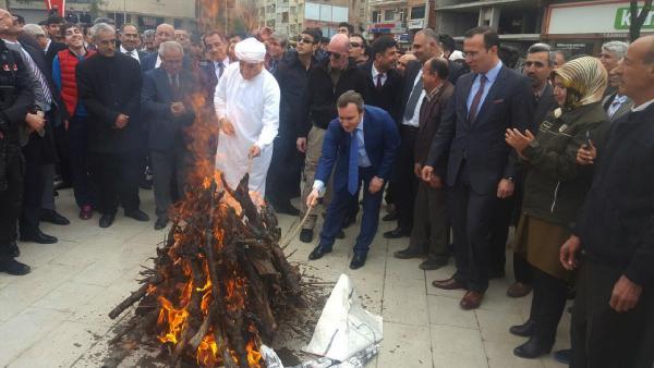 Siirt'te 3 Dilli Nevruz Kutlaması