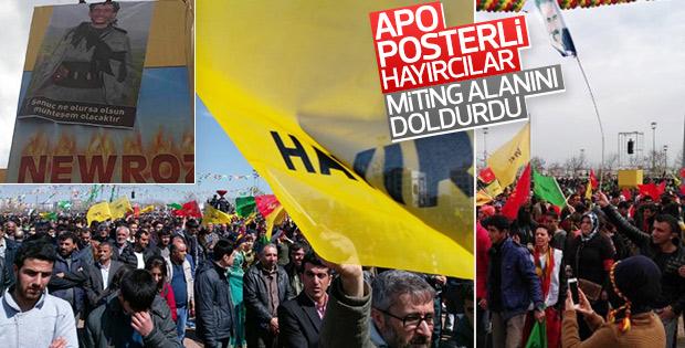 Nevruz kutlamasında 'hayır' pankartları