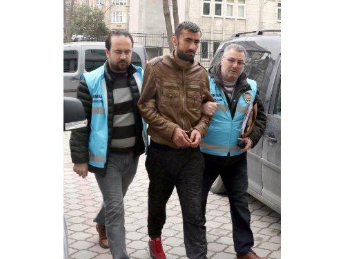 Cezaevinden İzinli Çıktı, Hırsızlık Yaptığı İddiasıyla Tutuklandı