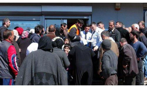 Kilis'te Suriyelilerin 'Kızılaykart' Yoğunluğu