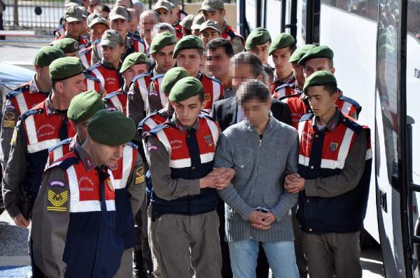 FETO davasında  tutuklu eski polis memuru  ifade değiştirdi...