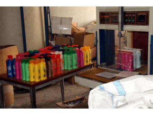 Adana'da Tonlarca Sahte Deterjan ve Şampuan Ele Geçirildi