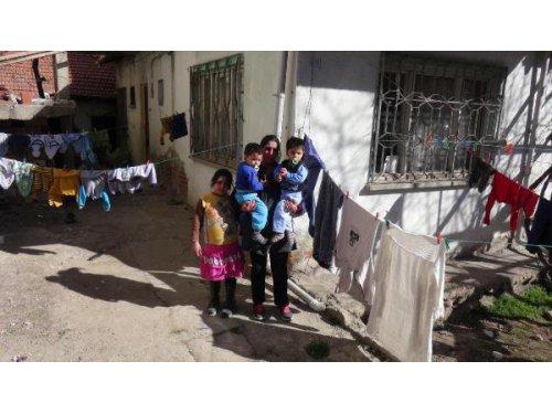 4 Çocuklu Anne Yardım İstiyor
