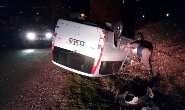 Kaza Yapan Minibüsten 1 Kese Altın Çıktı