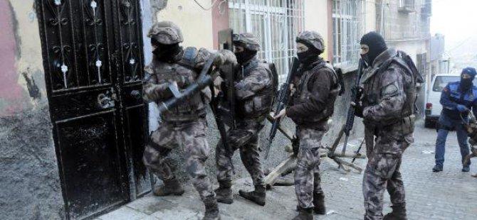 Gaziantep'te 200 Polisle Şafak Operasyonu: 15 Gözaltı