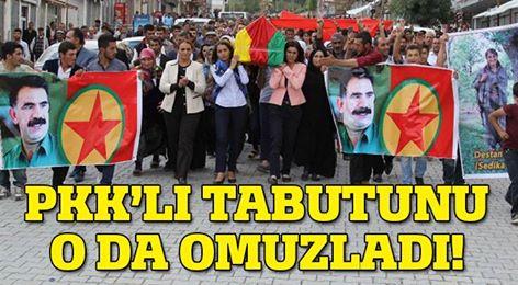 Öldürülen PKK'lının tabutuna o da omuz verdi
