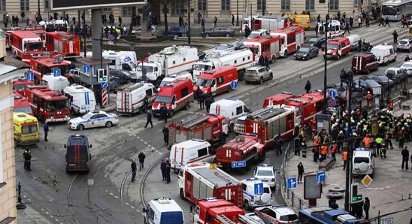 St. Petersburg'da Üç Günlük Yas İlan Edildi
