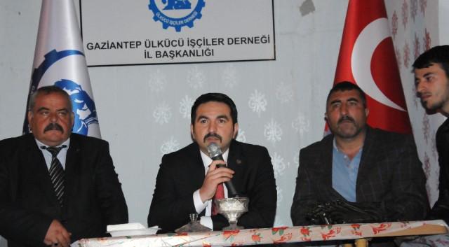 """Ülkücü İşçiler """"Başbuğ"""" Türkeş İçin Mevlit Okuttu"""