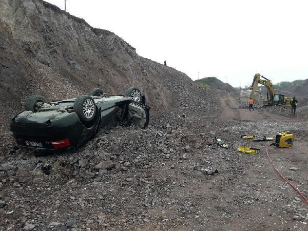 Arkadaşının Otomobiliyle Kayalıklardan Uçan Sürücü Öldü