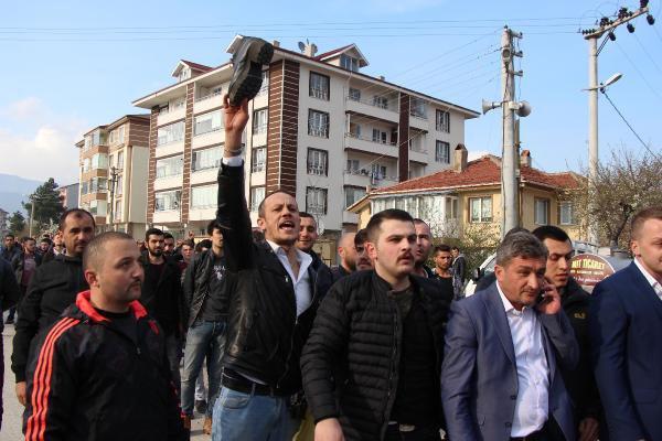 Ülkücülerden Akşener'e Etekli Protesto