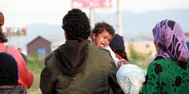 İzmir'de 'mahalle' kavgası; 30 kişi yaralandı, 500 Suriyeli mahalleyi terk etti!