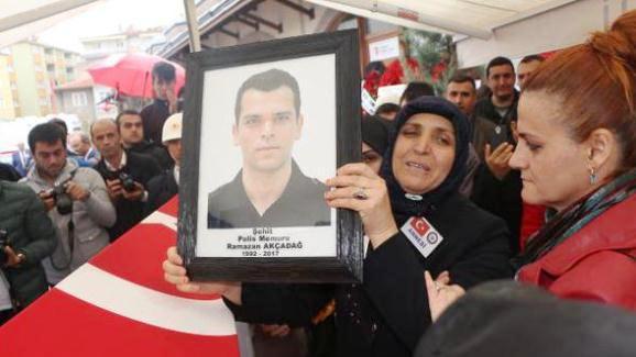 22 Günlük Polis Memuru Toprağa Verildi