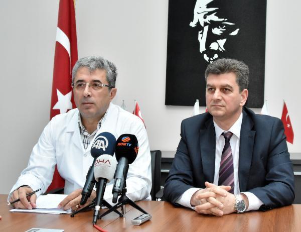 Hüsnü Bozkurt, Annesinin  Hastaneden Çıkarıldığını iddia etti.