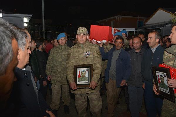 Şehit Korucu Kasım Sancar Toprağa Verildi