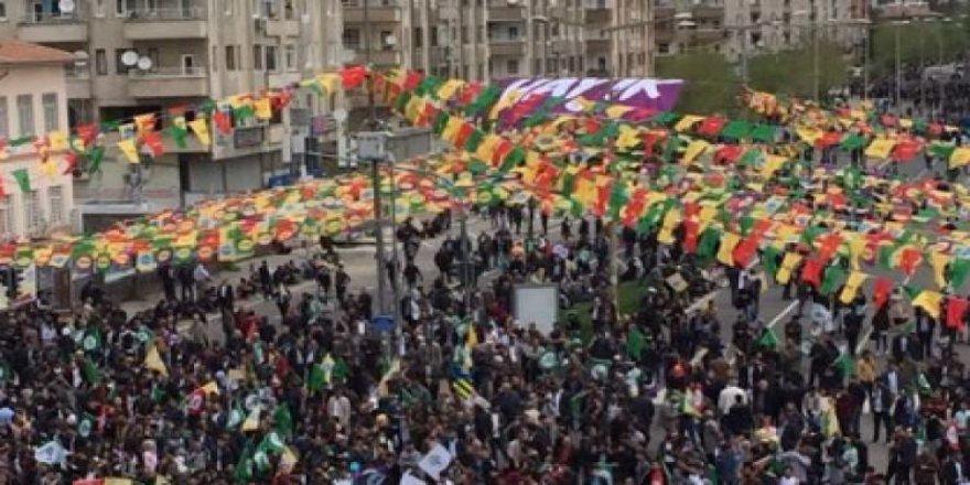 HDP, Diyarbakır'da rezil oldu
