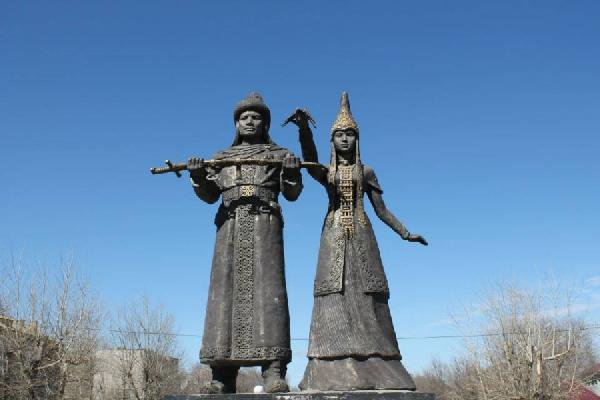 Kazakistan'da 15 Nisan Sevgililer Günü Oyana Kutlanıyor