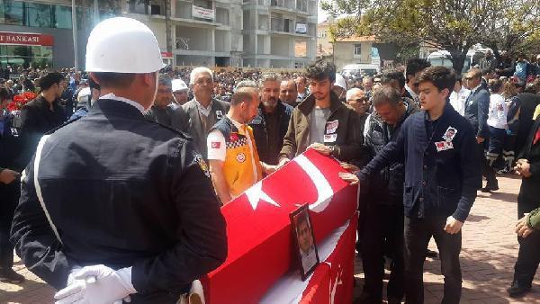 Şehit Polis Demir'in Oğlu: Bu Şehit Babamın Sevinç Gözyaşları