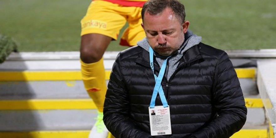 Teknik Direktör Sergen Yalçın istifa etti!