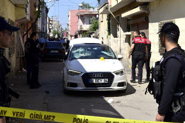 Adana'da Silahlı Çatışma: 1 Ölü, 4 Yaralı