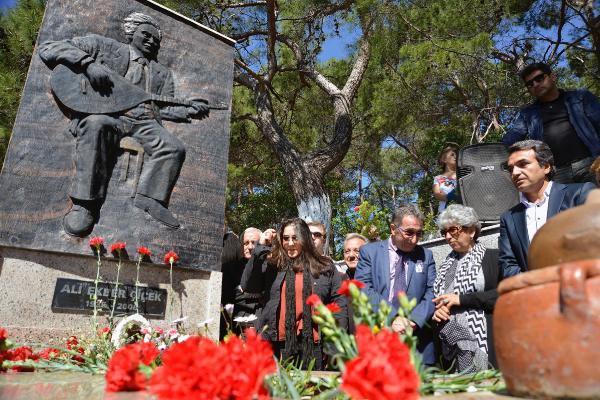 Ali Ekber Çiçek, Edremit'te Mezarı Başında Anıldı