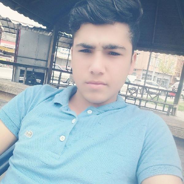 Bıçakla Yaralı Halde Bulunan 17 Yaşındaki Genç Kurtarılamadı