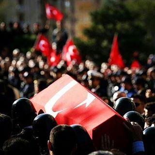 Tunceli'de teröristler polis aracını taradı: 1 polis şehit