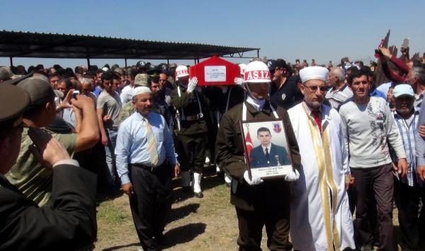 Şehit Uzman Çavuş, Hatay'da Gözyaşlarıyla Uğurlandı