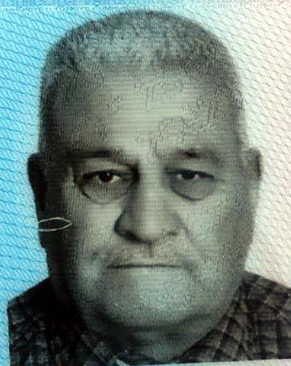 Eski Bakan Enis Öksüz'ün Kardeşini, Kiracısı Öldürdü