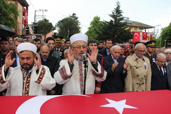 Şehit Uzman Çavuş Mustafa Özdemir Son Yolculuğuna Uğurlandı