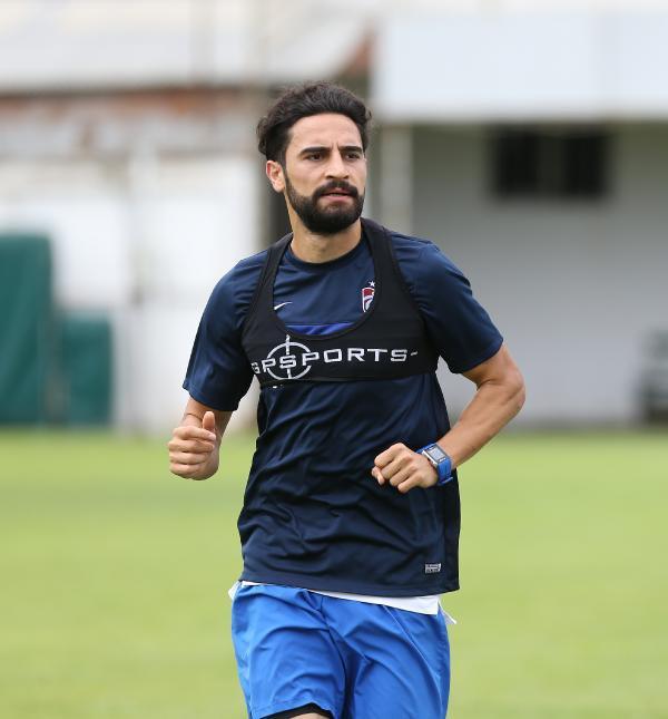 Trabzonspor'da Mehmet Ekici Serbest Kalıyor