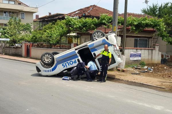 Düzce'de Trafik Kazası: 2 Polis Yaralandı