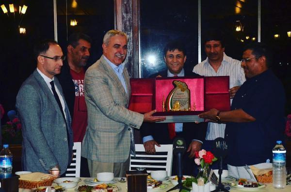 Kuveyt Atletizm Milli Takımı'nın Bursa Kampı Bitti