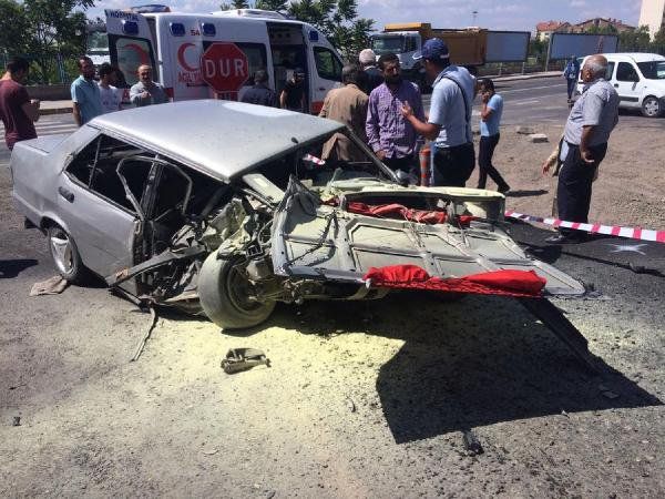 Nevşehir'de Tır otomobilleri biçti yaralılar var