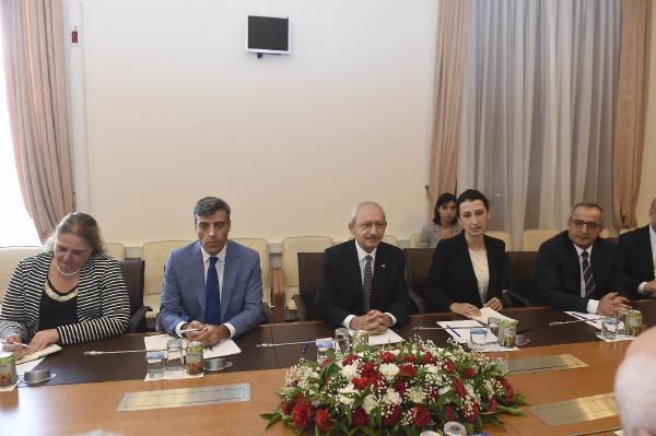 Kılıçdaroğlu, Agitpa Heyetiyle Görüştü