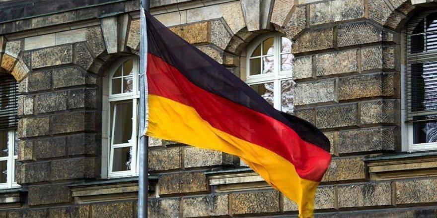 Almanya'da 'darbe' iddiası!