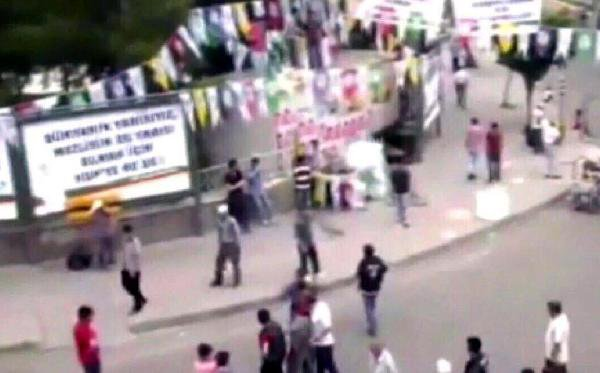 HDP Mitingine Bomba Davasında Dosyaya Giren Yeni Görüntü