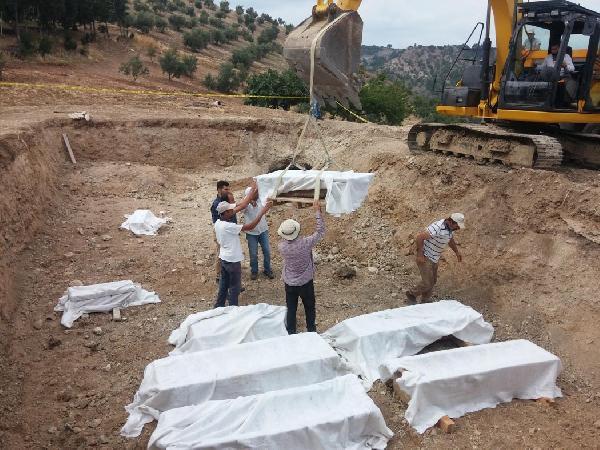 Cami İnşaatında Bulunan Lahitler Müzeye Taşındı